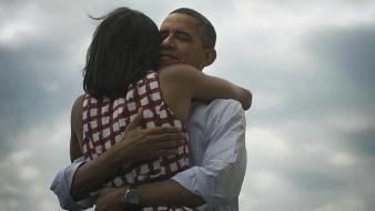 obama_hug